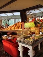 Hotel du Point de Vue à Chiny le Lounge dans la veranda