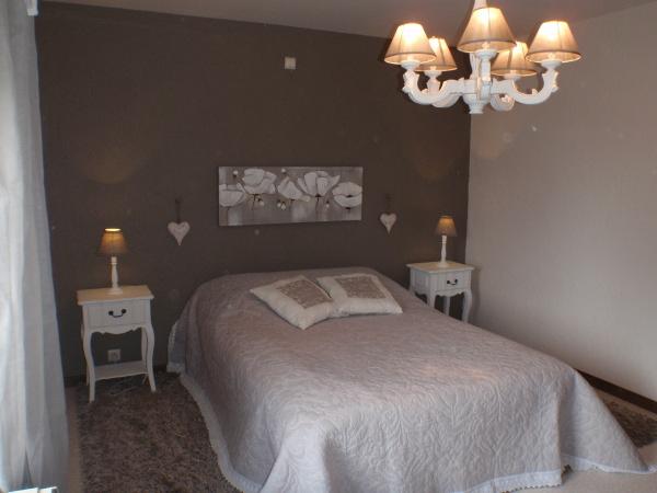 Charme de la Grange - chambre lit double