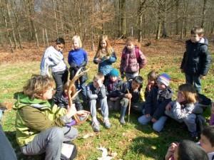 Sabine Freson guide-nature avec des classes-vertes